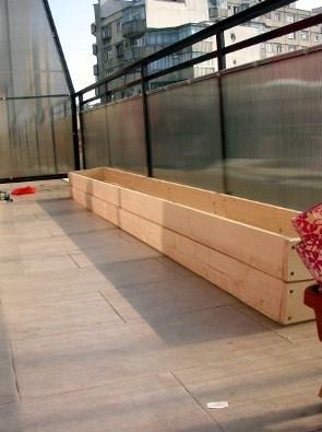 balcony garden raised wooden planter box - conscious life space