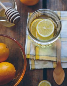 Lemon water and honey Photo by Anda Ambrosini